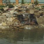 Пруд с водопадом в Липецке