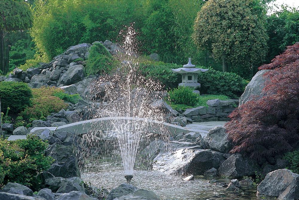строительство декоративного пруда с фонтаном