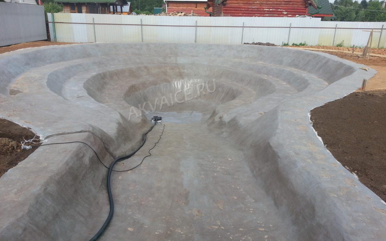 Строительство пруд для купания , выполнена гидроизоляция