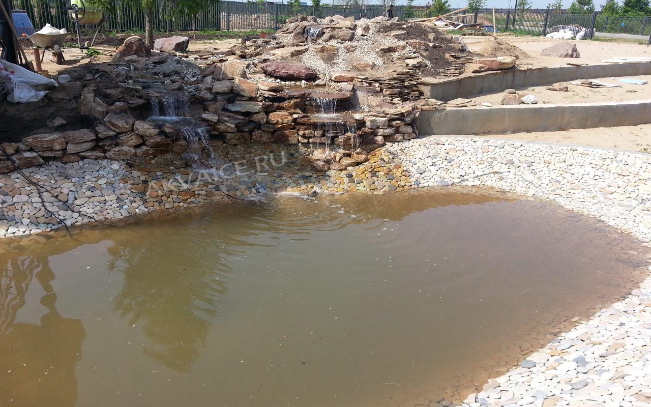 строительство декоративный пруда с водопадом - 130 кв.м Истринский район