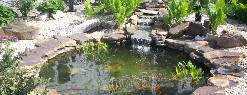 садовый водопад на участке