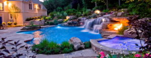 Строительство бассейна с водопадом